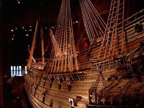 Vasa-laiva Vasa-museossa (kuva: Nordelch CC-BY-SA)